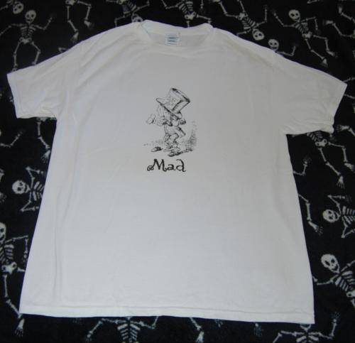 T shirts alice 6