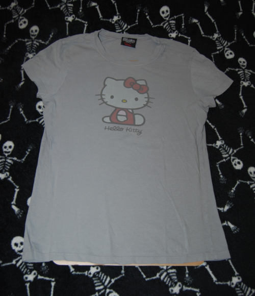 T shirts hello kitty