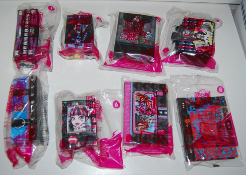 Monster high happy meal 2015 (2)