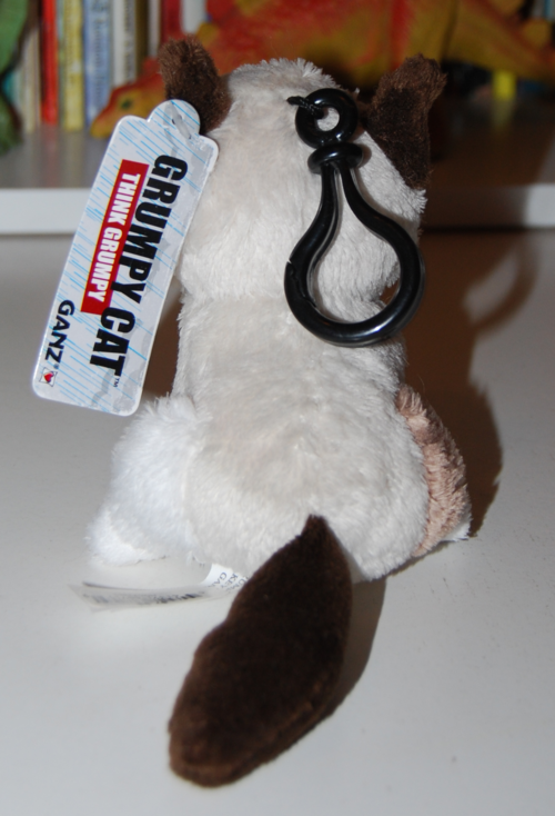 Grumpy cat plush keychain 3