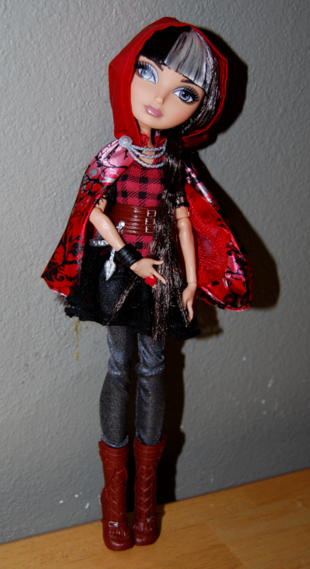 Ever after doll cerise hood 5