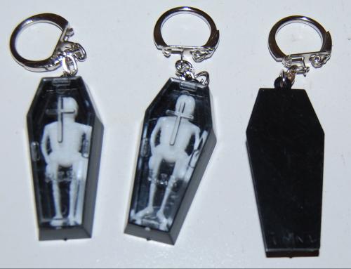 Skelly coffin keychains 1