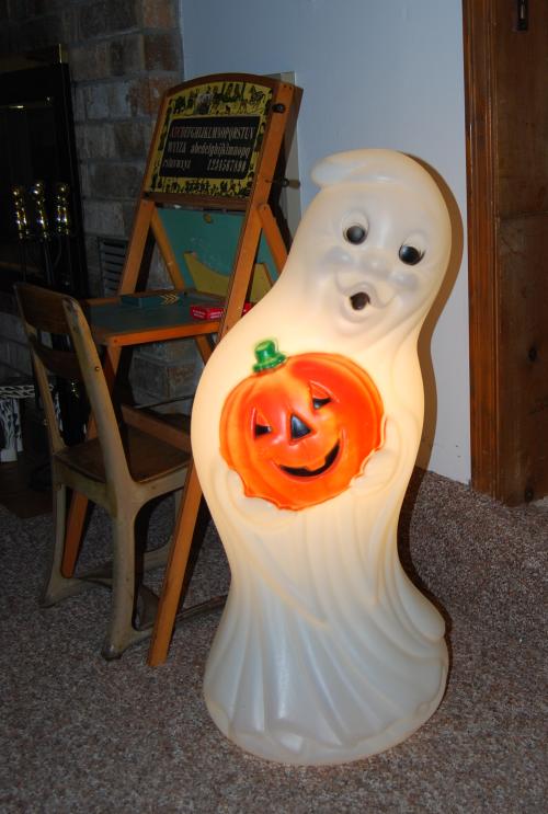 Vintage blowmold ghost 1