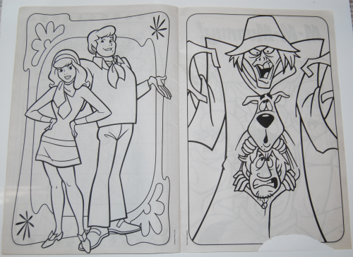 Scooby doo giant coloring book 4