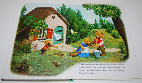 Goldilocks puppet storybook 2