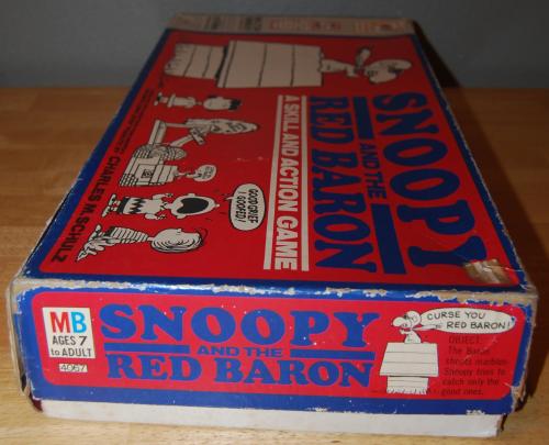 Milton bradley snoopy & the red baron game 2