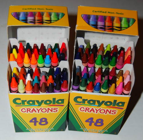 Crayola's wizard's giant box of crayons 3