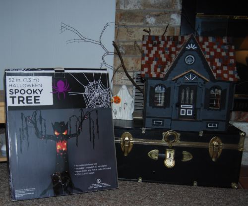 Halloween spooky tree 1