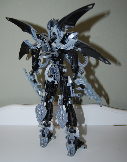 Raven's custom bionicle figures 8x