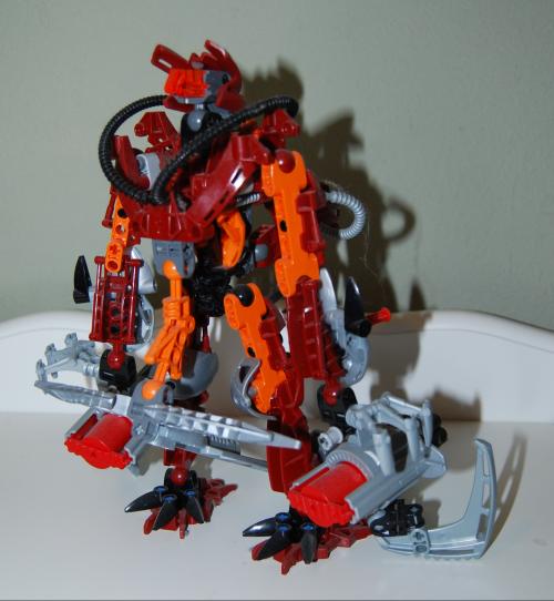 Raven's custom bionicle figures 4x