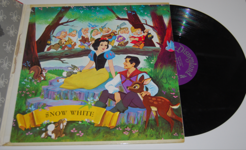 Disney snow white vinyl 1
