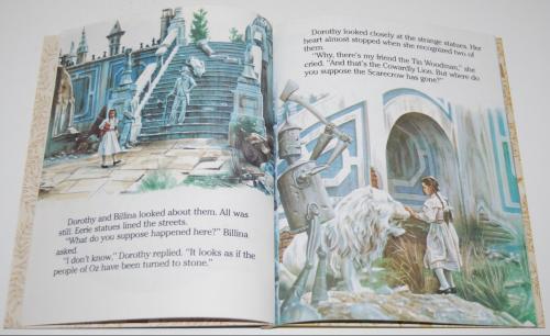 Little golden book  return to oz 3