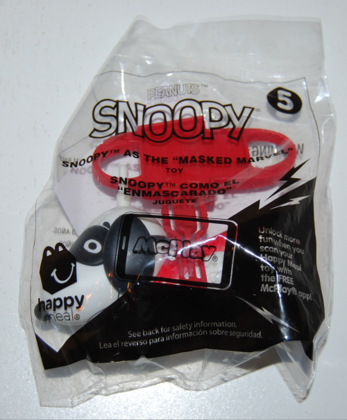 Snoopy happy meal 1