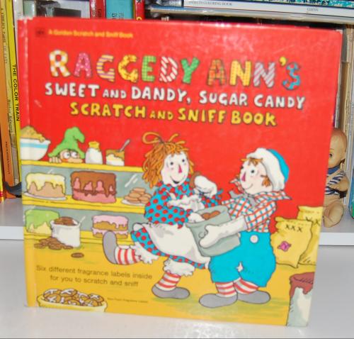 Raggedy ann scratch & sniff book