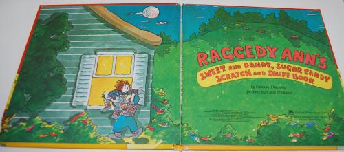 Raggedy ann scratch & sniff book 1