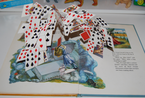 Alice popup book 11