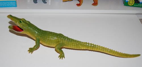 Toy gator