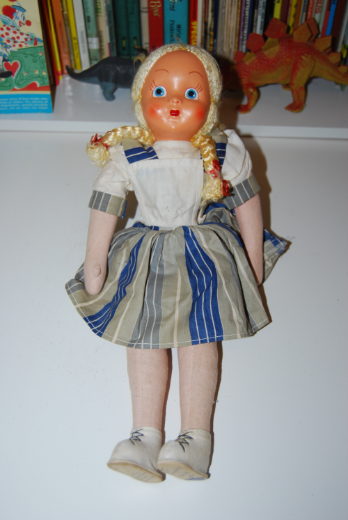 Doll lot 2