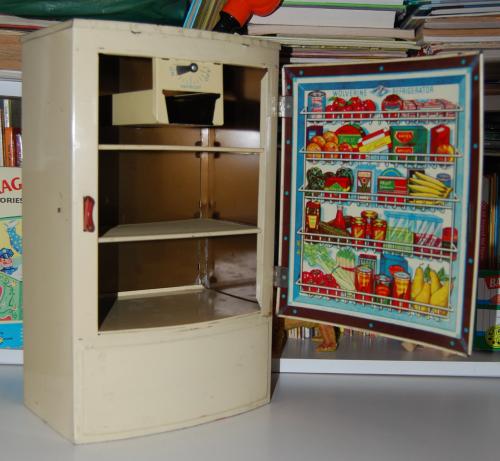 Wolverine polar refrigerator 3