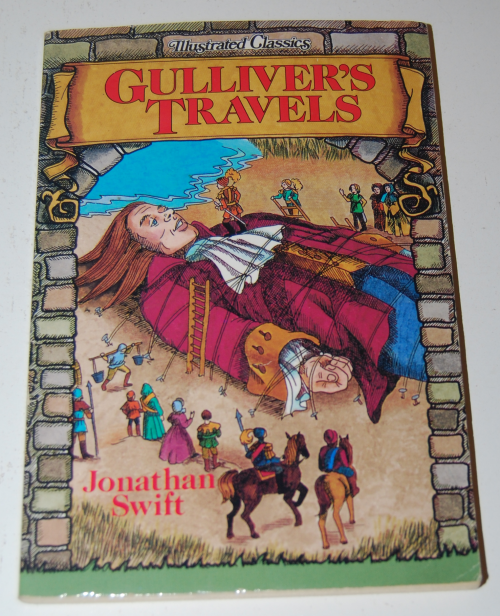 Gulliveer's travels illustrated classics