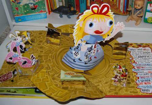 Alice in wonderland popup book 14