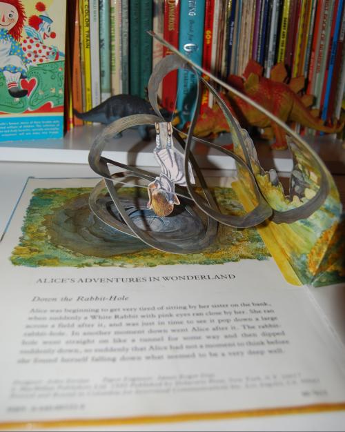 Alice popup book 2