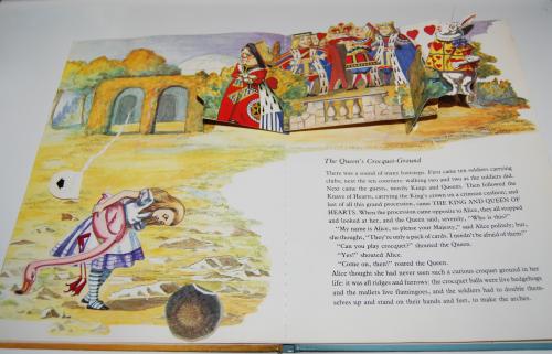 Alice popup book 9