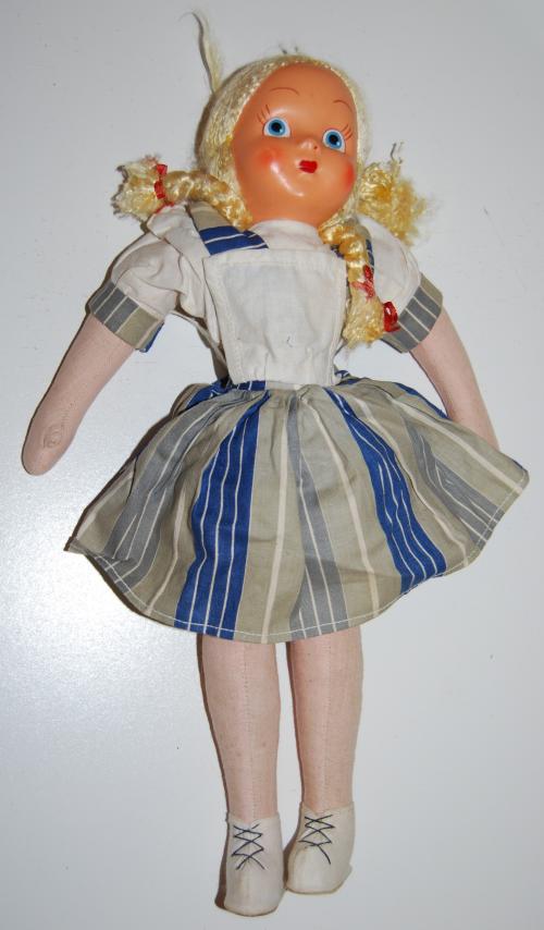 Doll lot 4