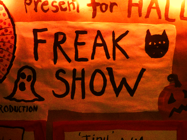 flashback friday favorite ~ halloween dolly freakshow