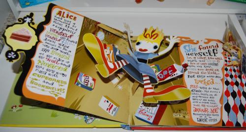 Alice in wonderland popup book 2