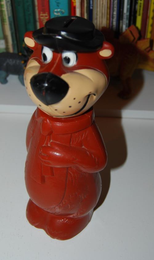 Vintage toy yogi bear bank 1