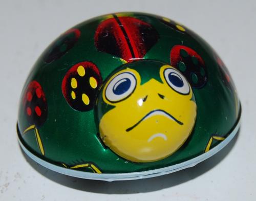 Tin beetle toys 4