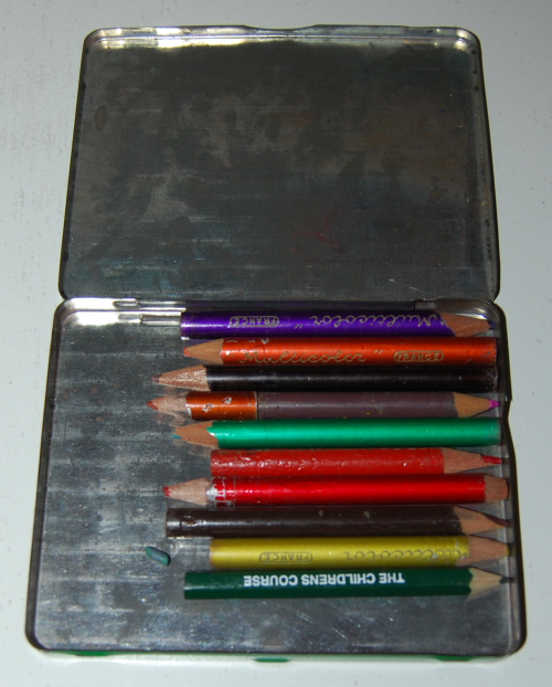 Multicolor pencil tin france 1