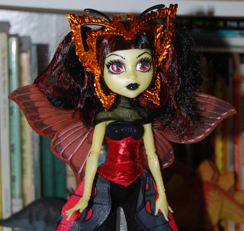 Monster high bat doll 2
