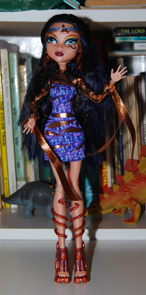 Monster high doll cleo de nile