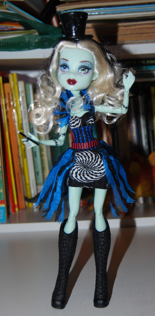 Monster high frankie stein magic
