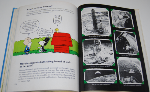 Charlie brown's second super question & answer book 10