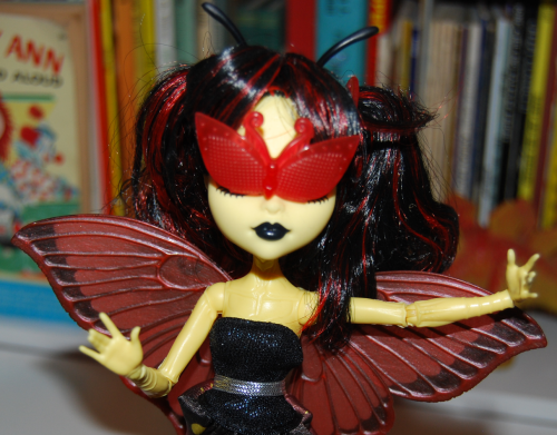 Monster high luna moth doll 2