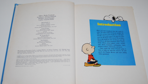 Charlie brown's second super question & answer book 1