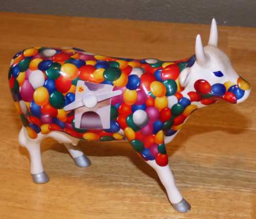Cow parade gumball cow