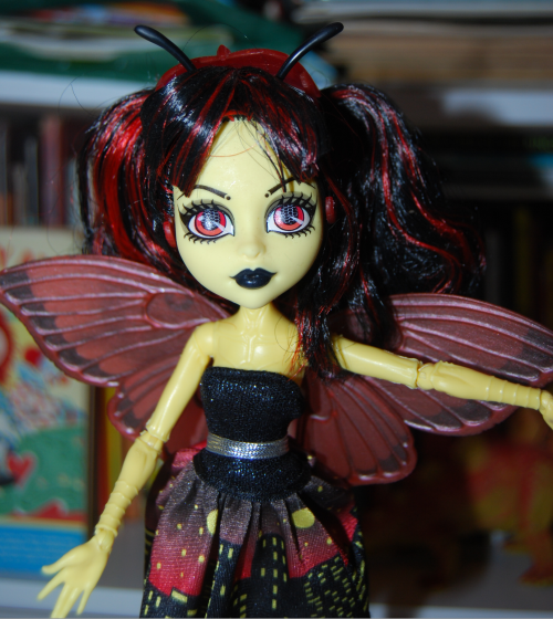 Monster high luna moth doll x