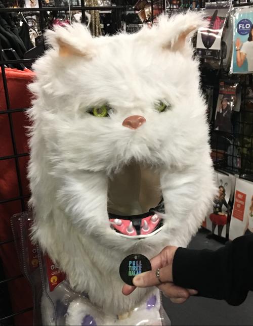 Halloween city feed the kitty