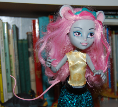 Monster high doll mouscedes x