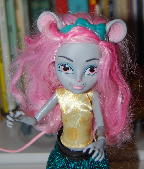 Monster high doll mouscedes 1