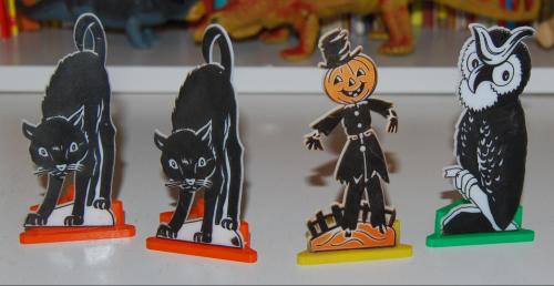 Vintage halloween decos x