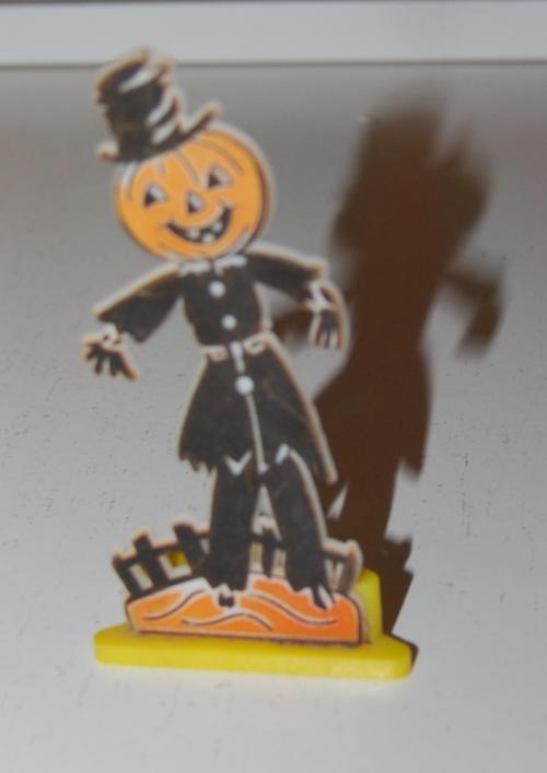 Vintage halloween decos 3