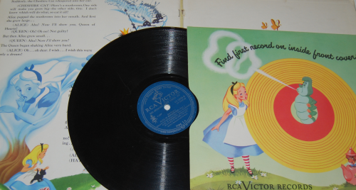 Alice in wonderland rca victor book 6