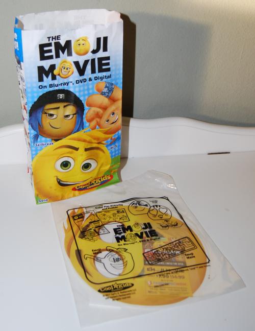 Carls jr emoji movie