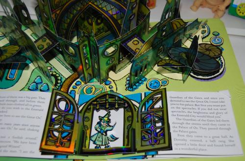 Wonderful wizard of oz popup book 8