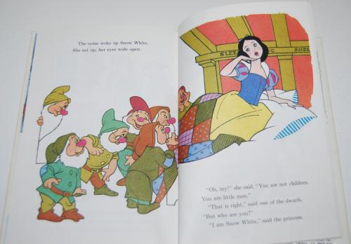 Disney snow white & the 7 dwarves 6